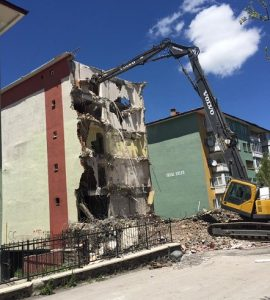 bina yıkım hurda demir
